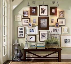 Id es pour disposer et accrocher les cadres murs de tableaux - Comment disposer des tableaux sur un mur ...