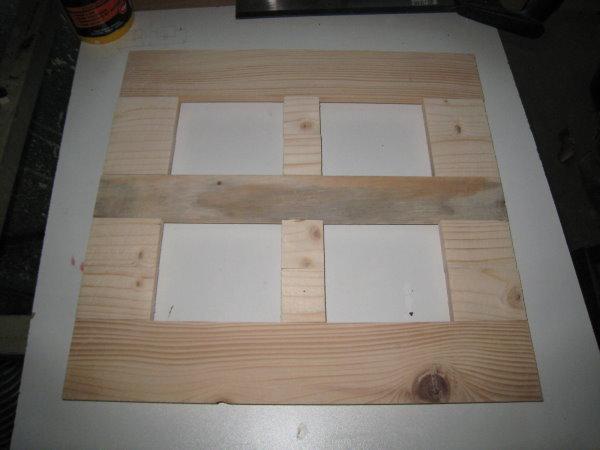 fabriquer un cadre en bois cadre bleu 4 photos. Black Bedroom Furniture Sets. Home Design Ideas