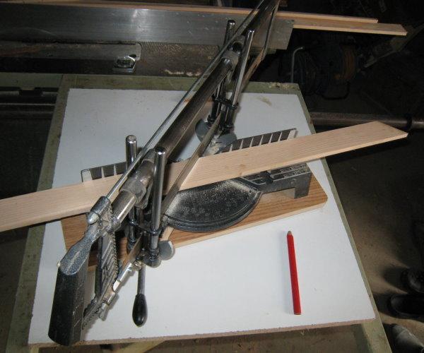 Fabriquer un cadre en bois tout simple - Boite a onglet pour corniche ...