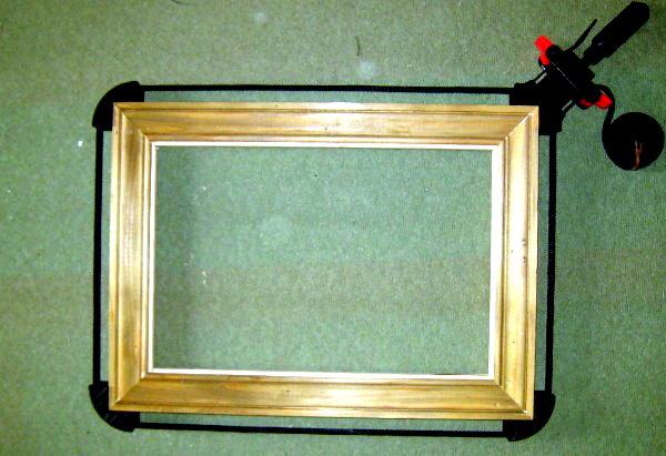 fabriquer un cadre en bois tout simple. Black Bedroom Furniture Sets. Home Design Ideas